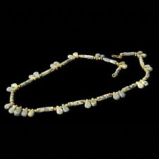 ANCIENT NEAR EASTERN LAPI LAZULI AND GOLD NECKLACE