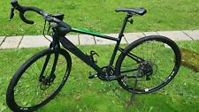 Giant Revolt 2 18 Speed Gravel Bike. Excellent Immaculate Condition
