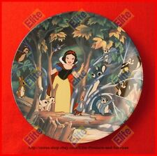 """Snow White and the Seven Dwarfs """"A Surprise in the Clearing"""" Collector Plate MIB"""