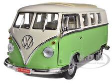 1962 VOLKSWAGEN MICROBUS LIGHT GREEN 1/18 DIECAST CAR MODEL ROAD SIGNATURE 92328