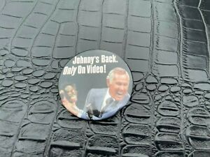 VINTAGE PINBACK BUTTON #58-171 - JOHNNY CARSON is BACK on video