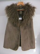 Dorothy Perkins Gilet With Faux Fur Collar Size 6