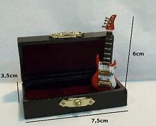 guitare électrique miniature,coffret,maison de poupée, vitrine,instrument  **CL5