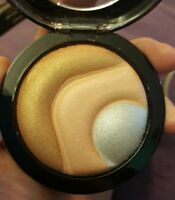 MAC Mineralize Skinfinish~OTHEREARTHLY~Rare! +Gift of BRUSH LOW WORLDSHIPPING!