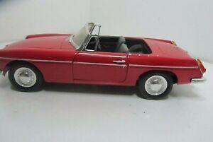 Corgi 1963 MGB Roadster 1:18 Tartan Red