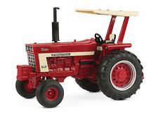 Case IH 1066 w/Duals and Fenders