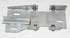 1971 1972 Mustang Mach1 Boss Grande Cougar Xr7 ORIG LH DOOR WINDOW GLASS BRACKET