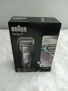 Braun series 7 7893s, Wet/ Dry. Waterproof Razer