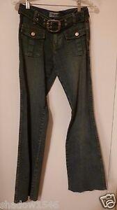 NWOT YOUNIQUE Blue Denim 2 Pocket Belted Boot Leg Jeans Pants Size 5 28W x 32L