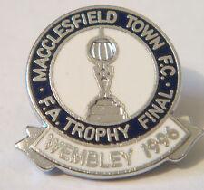 MACCLESFIELD TOWN FC 1996 FA TROPHY FINAL Badge Brooch pin In chrome 23mm Dia