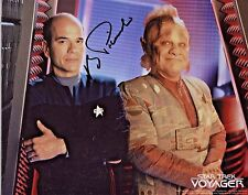 Star Trek Voyager 8x10 Autographed Photo Robert Picardo/Doctor (Ebau-1460)