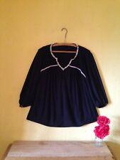 Vintage 70's boho hippy look embroidered floral size 10 black top blouse smock