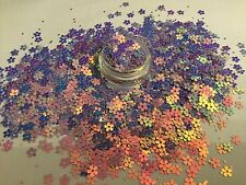 Exclusive Bizzy Nails Cosmetic Grade Glitter Nail Art Lilac Daisy's Acrylic/Gel