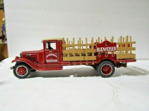 Danbury Mint Die Cast 1933 Budweiser Delivery Truck With Wooden Cases