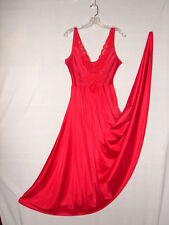 Vintage Olga RED Grand Sweep Gown nightgown ~ Size Large timeless design