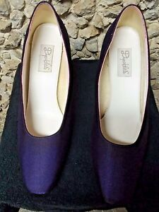 Purple woman's dyeable shoes size 11 B only $22.99!