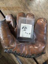"Yankees George ""Snuffy"" Sternweiss Spalding Glove And 1940 Bowman Card"