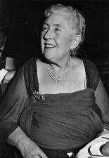 Agatha Christie scrittore britannico di Detective ROMANZI 1 891 - 1976 poster stampa
