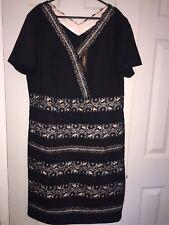 BNWT's Savoir size 20 black/nude v-neck short sleeve knee length dress