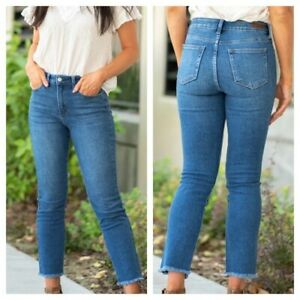 Just USA Size 8 High Rise Relaxed Mom Skinny Jeans Frayed Hem NWT