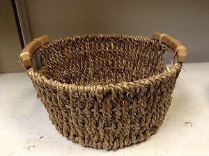 Round Woven Seagrass Storage Organizer Toy Bathroom Basket Wood Handle 15x7.5 LG