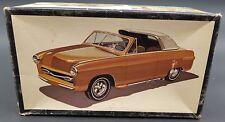 """Vintage Amt 2350 #22 1950 Ford """"Showboat"""" 1/25 Model Car Mountain Complete"""