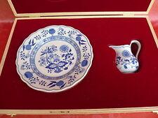 scatola (Legno)_Brocca Latte und 4 piastra__Hutschenreuther__blu cipolla