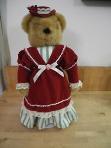Avon Fine Collectibles Victorian Teddy plush #036916