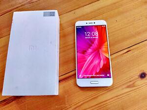 "Xiaomi Mi 5c - 5,15"" FHD - 3GB 64GB - 12MP Sony-Kamera - Fingerscan - weiß/gold"