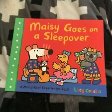 NEW, LUCY COUSINS. MAISY GOES ON A SLEEPOVER. 9781406344615