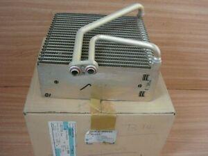 A/C Evaporator RHD fits Daewoo Kalos Chevrolet Aveo T250 T255 96435893 Genuine