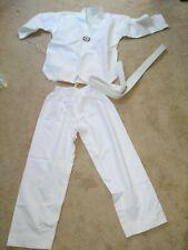 New Taekwondo Uniform White with white V-Neck White Collar Size 2