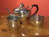 Vintage De Montfort Silver Plate EPNS Teapot Cream Milk Jug and Sugar Bowl