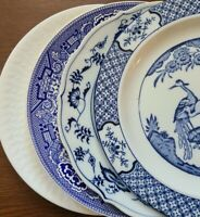 Set of 4 Blue & White Mismatched China Ironstone Luncheon Plates - approx 9.25""