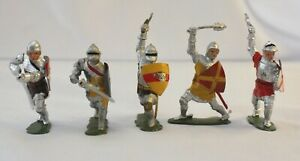 Britains Toy Lead Soldiers KNIGHTS ON FOOT, Set #1664. Total of 5. Complete Set