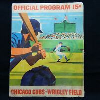 CHICAGO CUBS WRIGLEY FIELD 1971 OFFICIAL PROGRAM CHICAGO CUBS VS MONTREAL EXPOS