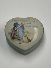 """Vtg 1978 Holly Hobbie Heart Shaped Porcelain Trinket Box Blue Girl 3 3/8"""" X 3"""""""