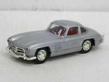 Mercedes-benz 300 sl Coupe en plata, interior rojo, del prado, o. OVP, 1:43 (HV)