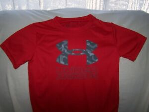 Boys Under Armour Red BIG LOGO Short Sleeve Shirt Size 6 LOOSE FIT