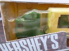 Hershey's Tractor Trailer 1/64 (1)