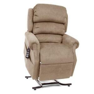 UltraComfort UC550-JPT Petite StellarComfort Zero Gravity Lift Chair / Recliner