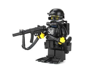 Navy SEAL Special Forces Diver (SKU68) Battle Brick made real LEGO® minifigure
