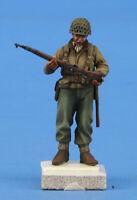 Verlinden Built 1:35 US Infantry ETO Figure 2 (1180) Original Display #VPB35F329