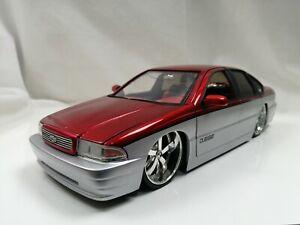 Jada Toys 1/18 1996 CHEVROLET IMPALA SS  American Muscle car Dub City