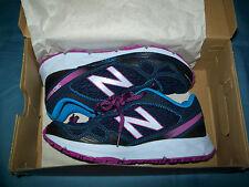 New Balance $110 Womens 910Bv2 Trail Running Shoes Size 7 Blue Purple WT910BV2