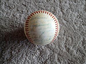 1954 NEW YORK YANKEES Team Signed Baseball BECKETT LOA - MICKEY MANTLE - MLB NY