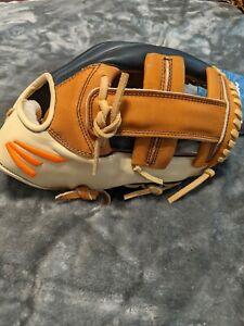 Easton Alex Bregman Model PRD32AB 11.75 Houston Astros New w/ tags