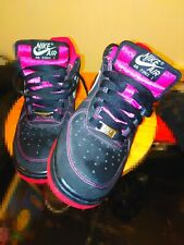 Nike Swoosh Air Force 1. Pink and Black, Size 5, VG condition. Original Nike