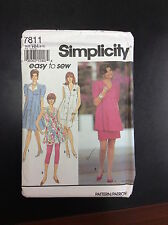 Simplicity #7811 Maternity Leggings Skirt and Dress or Tunic in Misses-Sizes6-12