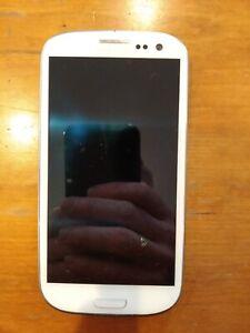 Samsung Galaxy S III GT-I9300 - 16GB - White (FreedomPop) Smartphone